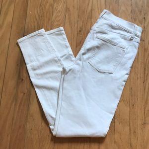 "Madewell 9""  white highriser skinny jeans!"